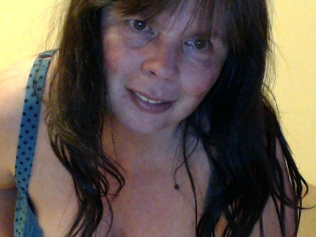 Freya (40) Modenäherin