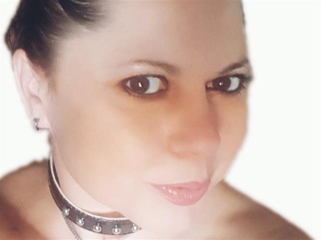 Joelina (40) Krankenschwester