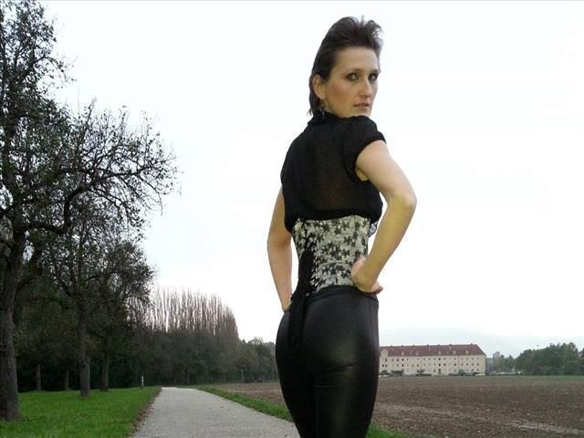 Eleonora (38) Taxifahrerin