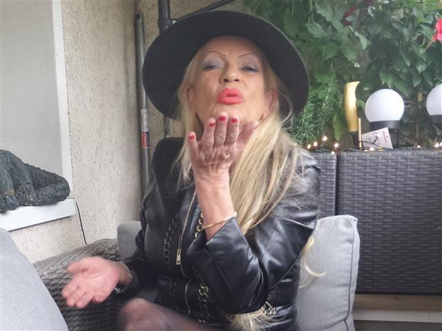 Verena (32) Erzieherin