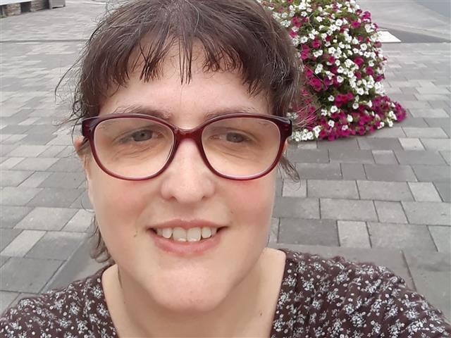 Judith (47) Laborantin