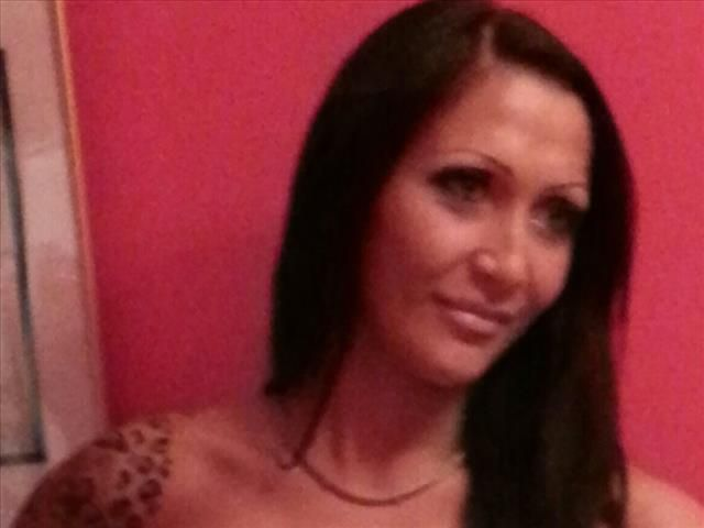Romina (29) Sprecherin