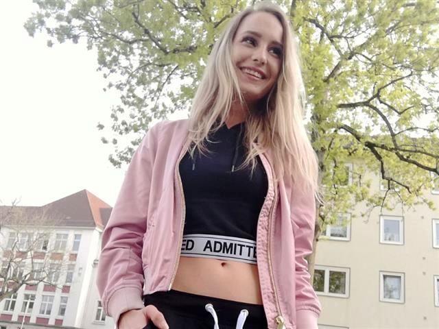 Viktoria (35) Tischlerin