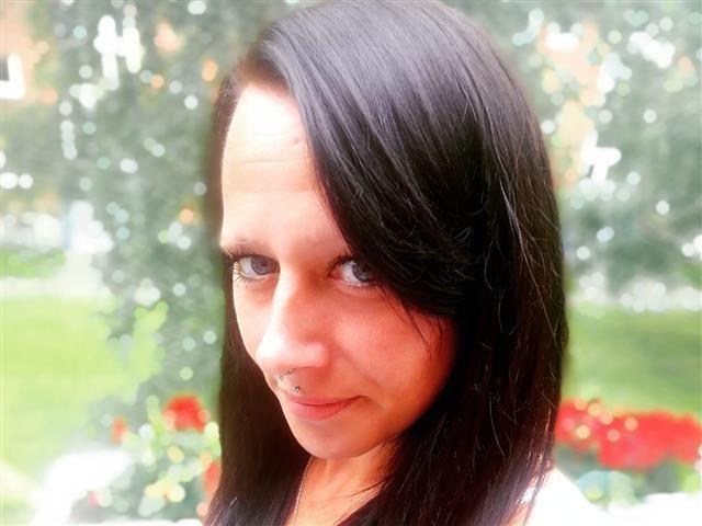 Ariana (38) Heilpraktikerin