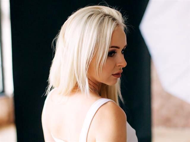Leticia (31) Segelpilotin
