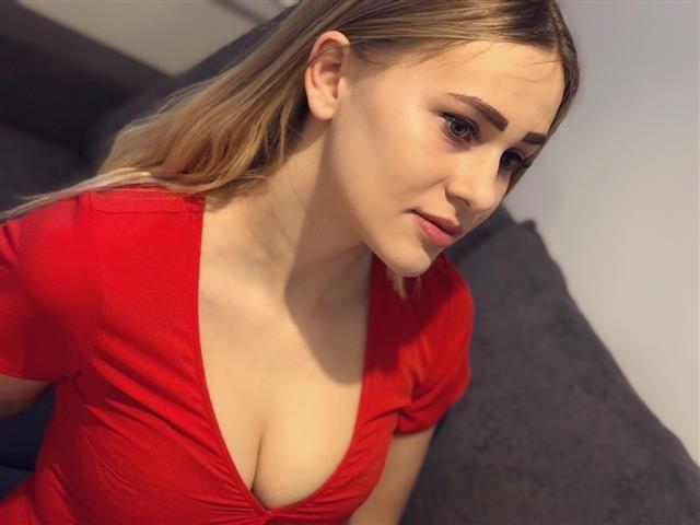 Carina (35) Bierkönigin
