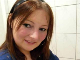 Tessa (32) Graveurin