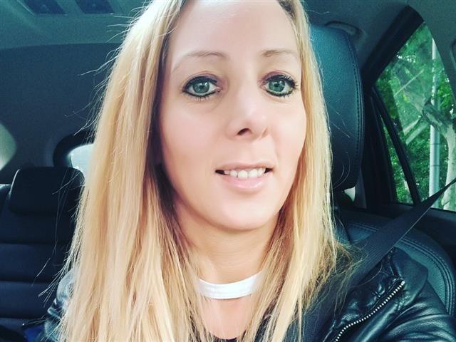 Annemarie (33) Berufsschullehrerin