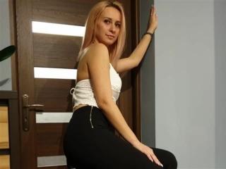 Nina (39) Zahnarzthelferin