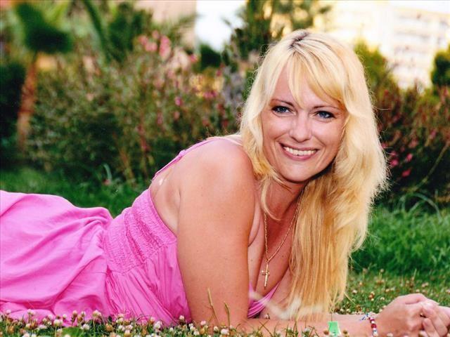 Viktoria (30) Gymnastiklehrerin