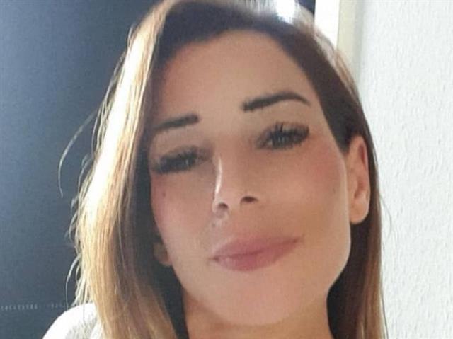 Jolina (32) Reinigungskraft