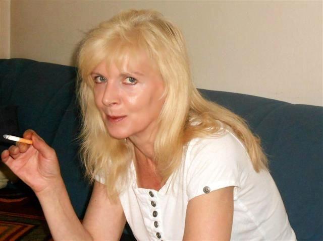 Joana (47) Silberschmiedin