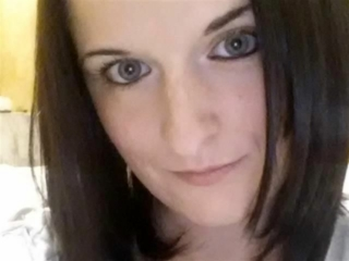 Chiara (29) Eiskunstläuferin
