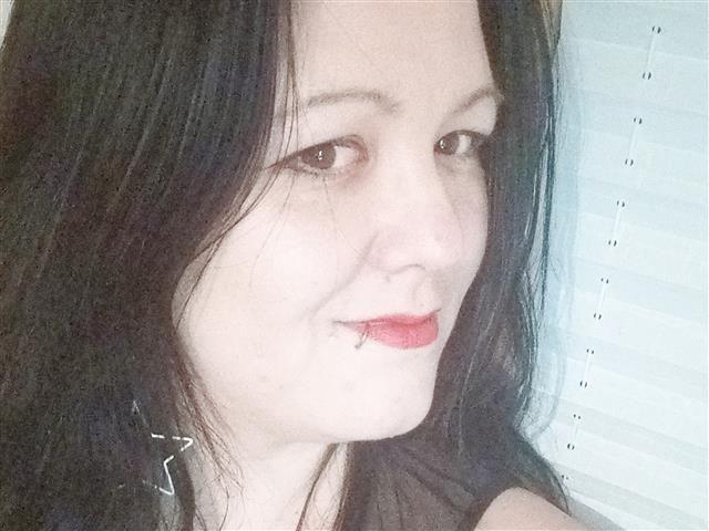 Theresa (46) Gestalterin