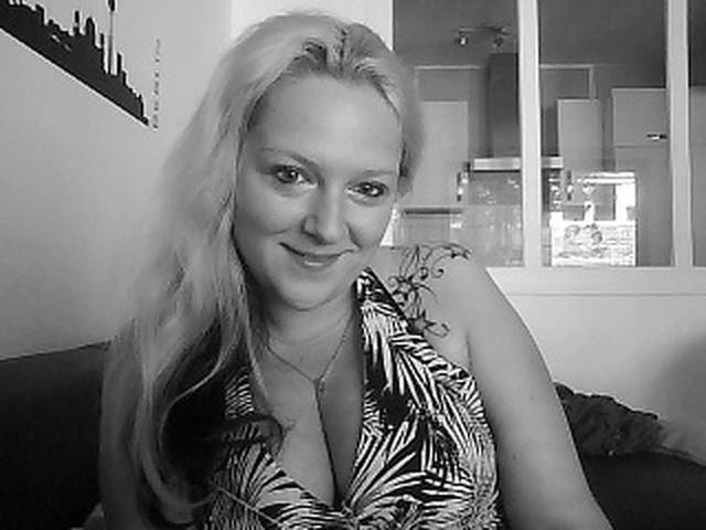 Amelie (37) Bademeisterin