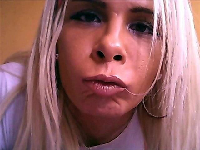 Eva (36) Hausfrau