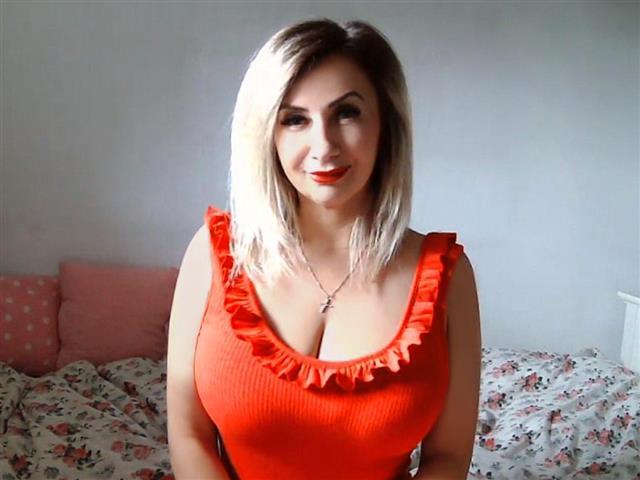 Frederike (45) Textilschneiderin