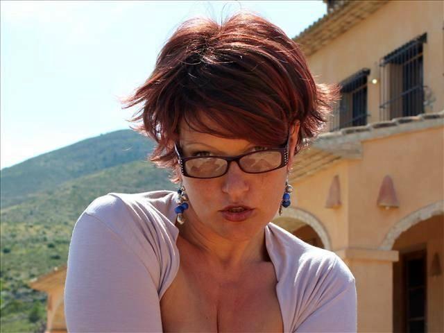 Madleen (43) Bierkönigin
