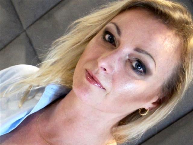 Natalia (34) Kellnerin