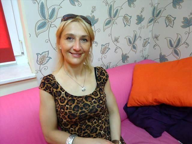 Anna (45) Kauffrau