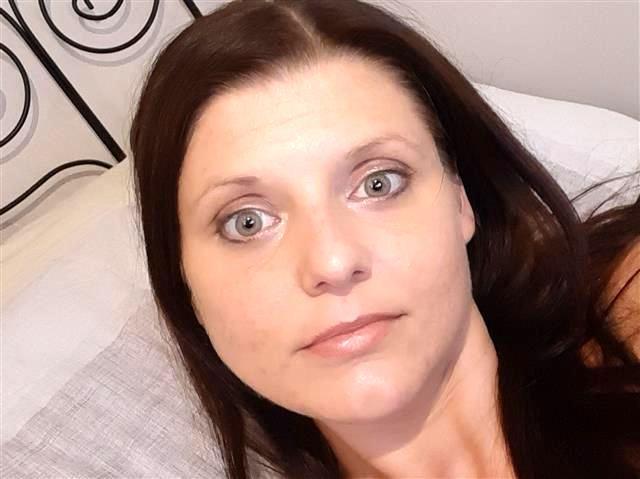 Johanna (35) Kneipen-Bedienung