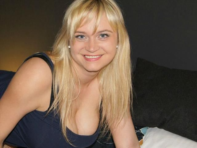 Josefina (30) Masseurin