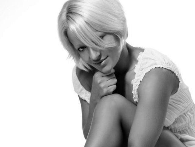 Karoline (35) Surferin