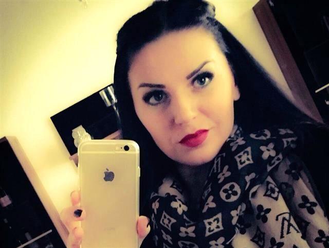 Carolin (47) Medien-Designerin