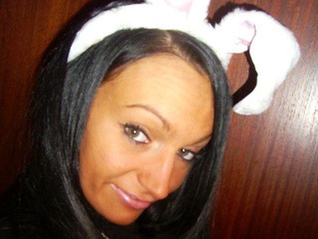 Sara (34) Näherin