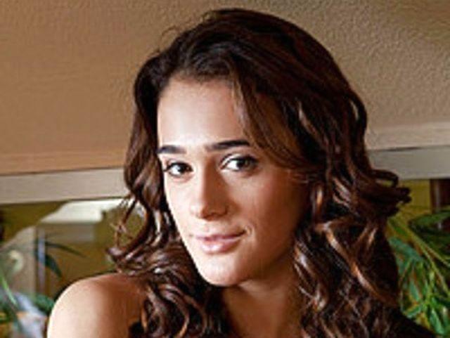 Sara (35) Hebamme