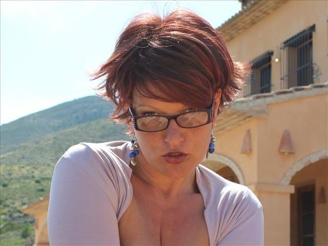Gabriela (36) Reinigungskraft