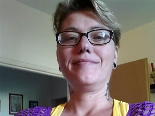 Lydia (43) Handballerin