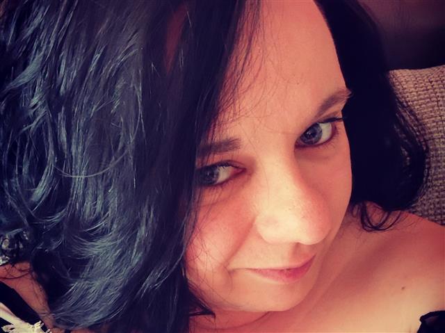 Annabell (48) Feinoptikerin