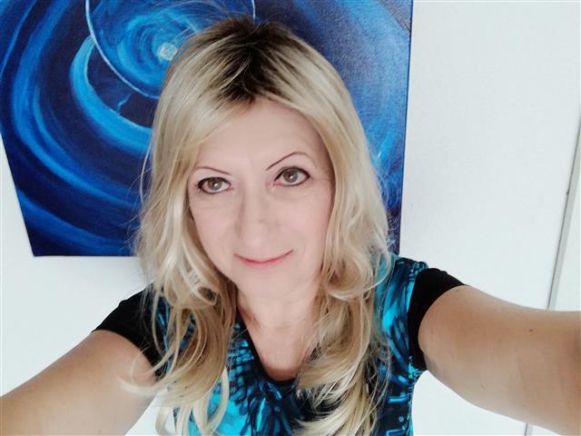 Vera (38) Selbstständige