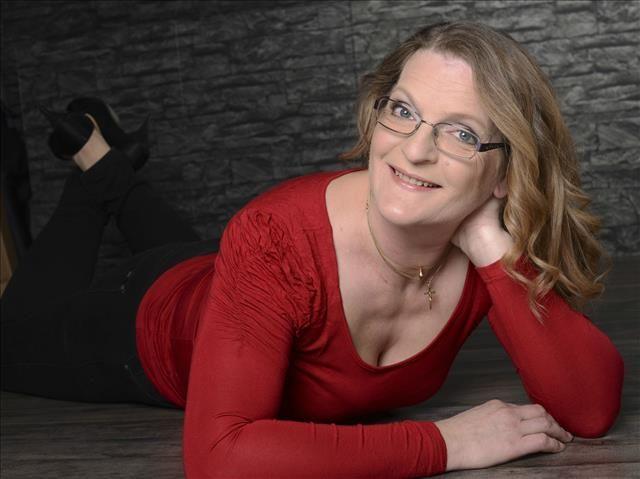 Isabella (46) Friseurin