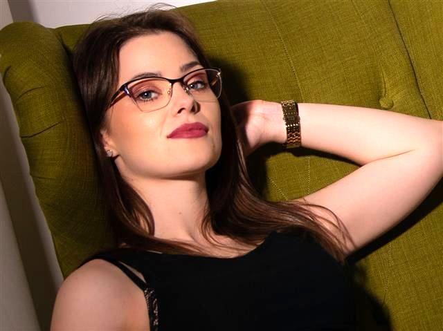 Isabelle (31) Mechatronikerin