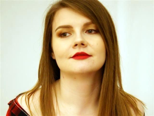 Viktoria (38) Moderatorin