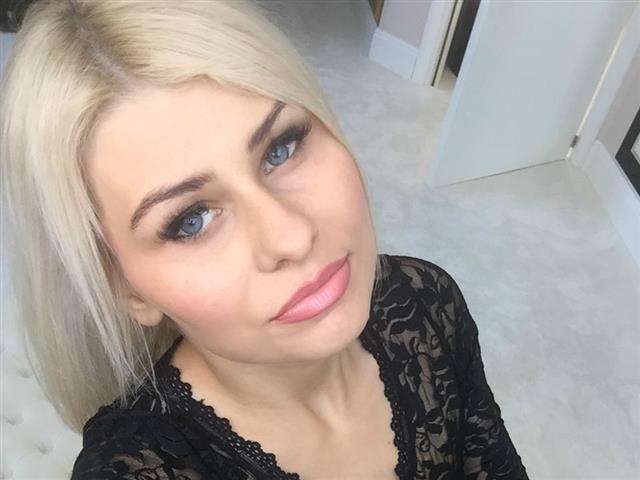 Marleen (41) Yoga-Fan