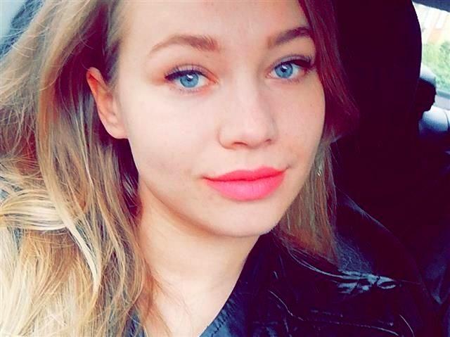 Penelope (28) Schmiedin