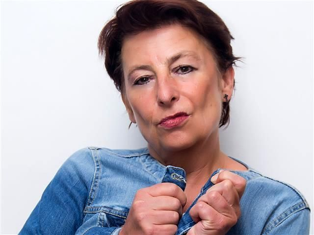 Luisa (38) Feinoptikerin