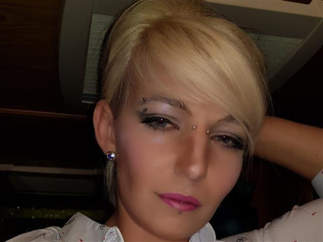 Kim (36) Floristin