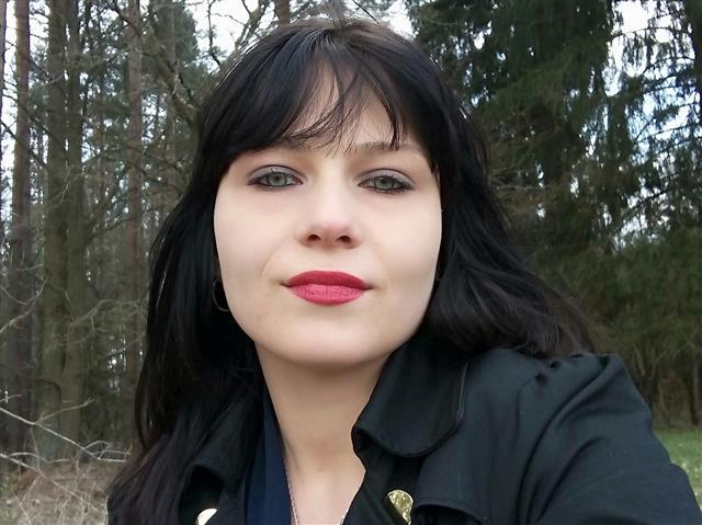 Pauline (28) Dolmetscherin
