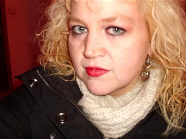 Lena (36) Landwirtin