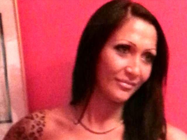 Nicole (30) Änderungsschneiderin